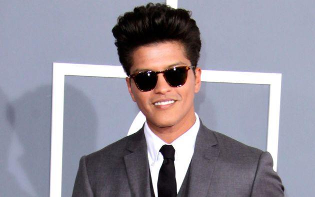 Bruno Mars. Su nombre real es Peter Gene Hernández.