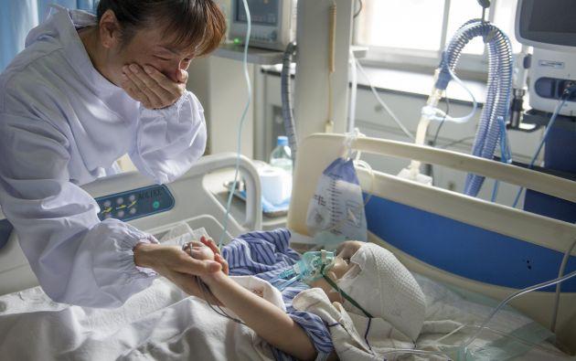 La niña, llamada Hanhan, se recupera adecuadamente de esta intervención, aunque sigue bajo observación en el hospital. Foto: REUTERS.