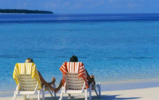 La idea de vacaciones ilimitadas ha sido promovida por varias empresas emergentes para atraer a empleados jóvenes y creativos.