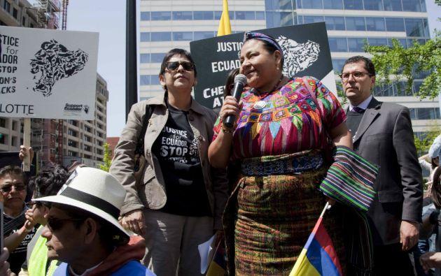 En abril pasado, Menchú se unió a la campaña de Ecuador contra Chevron. Foto: Archivo / Cancillería.