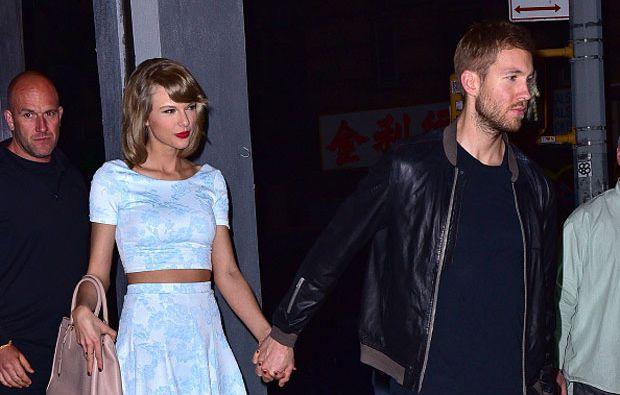 Taylor y Calvin llevan una relación de menos de un año.