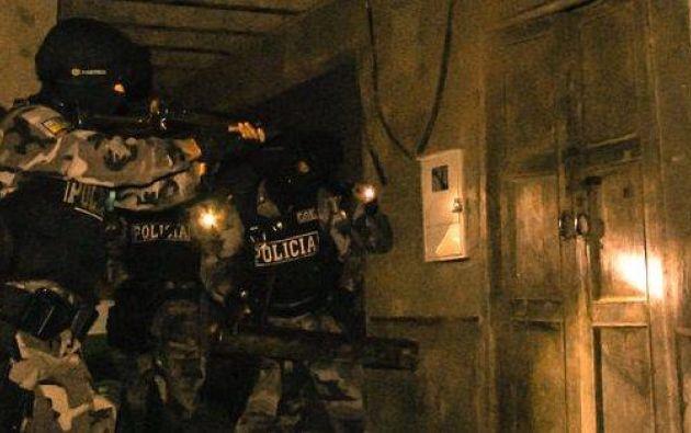 Tres personas fueron detenidas tras varios allanamientos en Guayas y Manabí. Foto: Ministerio del Interior.