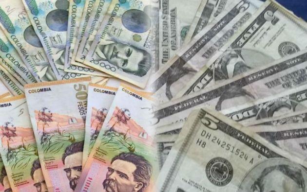 En el último año, el peso colombiano se ha devaluado en más de 50% frente al dólar.