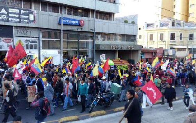 Desde las 16:30 de hoy, grupos sociales se convocaron en la capital para manifestarse. Foto: Twitter/@jcarlosaizprua.