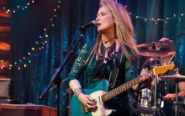 """Streep aprendió a tocar guitarra eléctrica para el filme """"Ricki and The Flash""""."""
