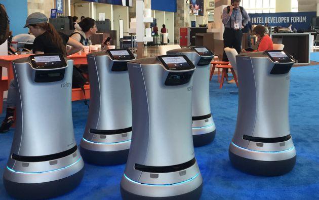 Los robots, que debutaron en la hostelería hace menos de un año, han realizado ya 5.000 entregas y recorrido más de 1.000 kilómetros.
