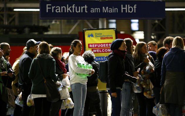Refugiados en su llegada a Frankfurt.