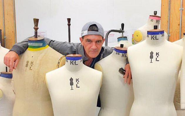 """El español emprendió un proyecto empresarial en el mundo de la moda al crear la compañía """"Antonio Banderas Designs""""."""