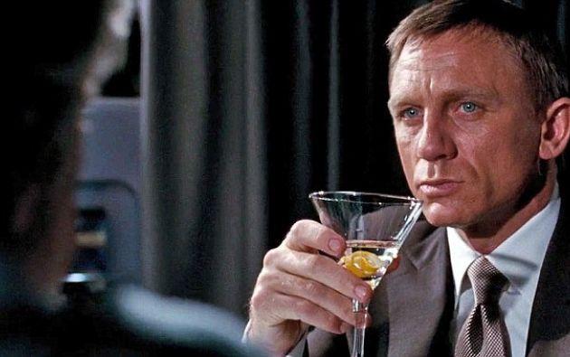 """La revista atribuye el incremento a los patrocinadores. Por ejemplo, la próxima entrega de James Bond, """"Spectre"""", está patrocinada por una marca de vodka."""