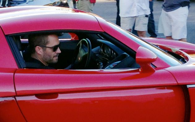 Paul Walker falleció en 2013 durante un accidente de tránsito. Iba a bordo de un Porsche Carrera GT junto a un acompañante.