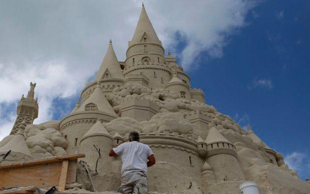 Está previsto que el castillo se disuelva en un plazo de tres semanas.