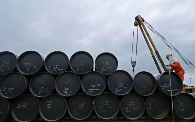 Por el barril de crudo ecuatoriano en octubre se pagó alrededor de 41,82 dólares. Foto: REUTERS