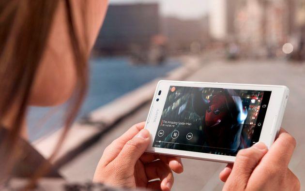 Una investigación señala que los habitantes de la región pasan un total de 13,2 horas a la semana viendo videos digitales.