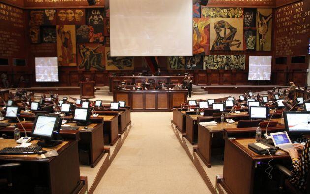 En la proforma 2016, el presupuesto para la Asamblea pasó de USD 115 millones a 59 millones. Foto: Asamblea Nacional.