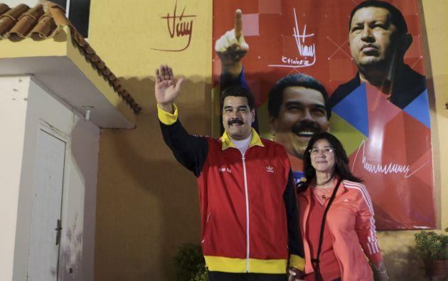 Nicolás Maduro junto a su esposa, Cilia Flores. Foto: REUTERS.