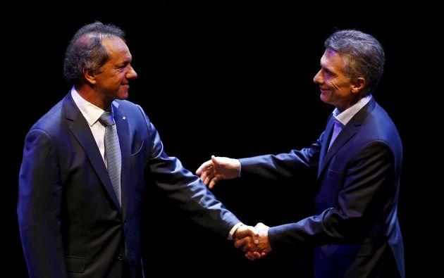 Daniel Scioli y Mauricio Macri durante el último debate. Foto: REUTERS