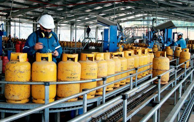 El subsidio promedio por tanque de gas se ha calculado en 15 dólares. Más de 500 millones de dólares al año, lo suficiente para cinco puentes como el que une Bahía y San Vicente.