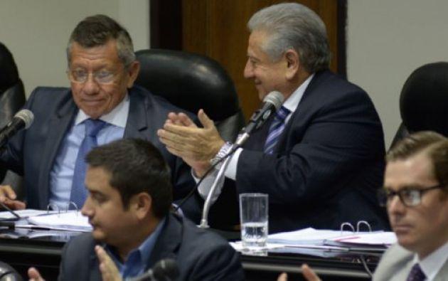 Carlos Villacís asumiría la presidencia de manera temporal.