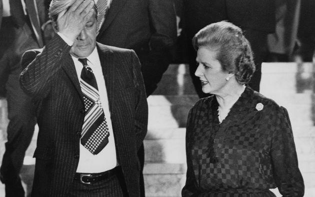 Foto de archivo de Thatcher en 1981 junto al entonces canciller de Alemania del Este. Foto: REUTERS.