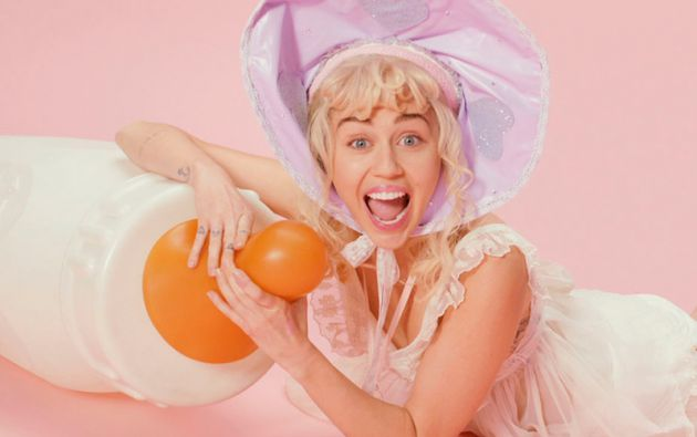 "Miley Cyrus en ""BB Talk""."