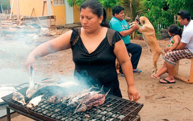 Consumo diario. La dieta de los pobladores de Atahualpa está basada en pescados oleosos con alto contenido de Omega 3. Los consumen asados o en sopas, pero nunca fritos. Foto: Iván Navarrete