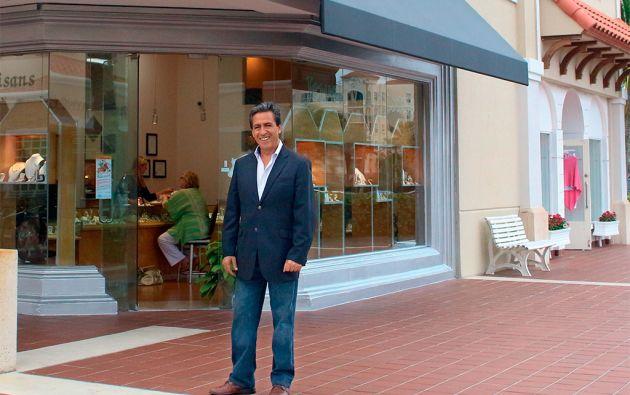 El negocio de Maldonado se encuentra en Manalapan, Palm Beach, estado de Florida, Estados Unidos.