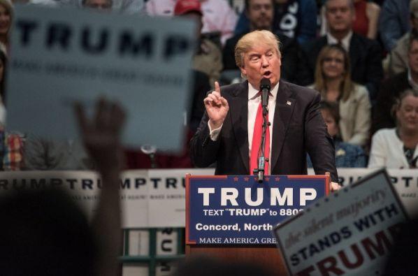El precandidato presidencial Donald Trump participa en un acto de campaña en Carolina del Norte. Foto: AFP