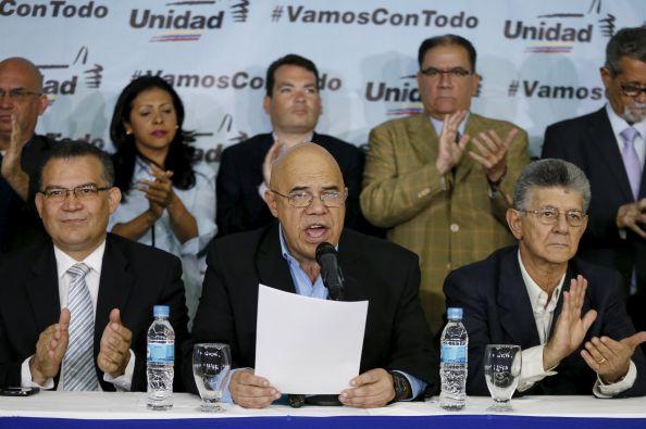 Jesús Torrealba es el portavoz de Mesa de la Unidad Democrática (MUD). Foto: Reuters