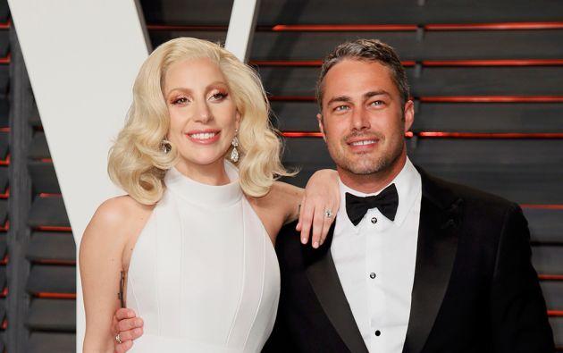 Lady Gaga y su novio, el actor Taylor Kinney.