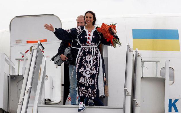 La ucraniana Jamala fue ovacionada a su arribo a Kiev. Foto: Reuters