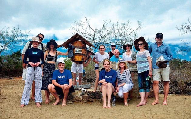 Proteccionistas. Bo Derek, Maggie Q, Ivonne Baki, Dylan McDermott y los empresarios filántropos que forman parte de la ONG WildAid. Foto: Juan Faustos