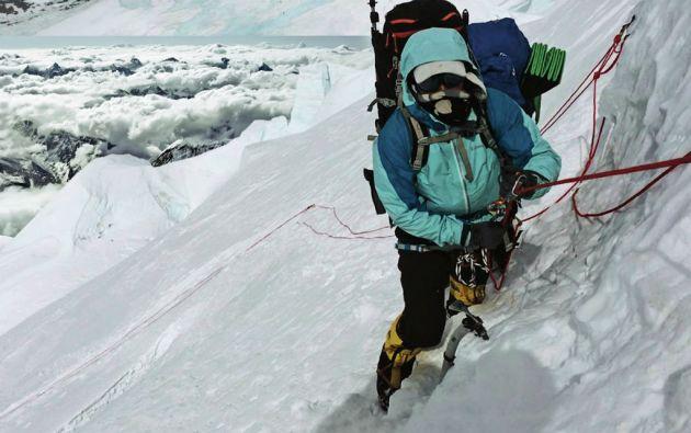 Carla completó su tercer ochomil sin oxígeno. En 2012 coronó el Manaslu (8.156 metros), la octava cima más alta del mundo; y en 2014 el Cho-Oyu (8.201 metros), la sexta más alta.