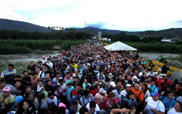 Migración Colombia informó ayer que más de 326.000 venezolanos entraron a Colombia.