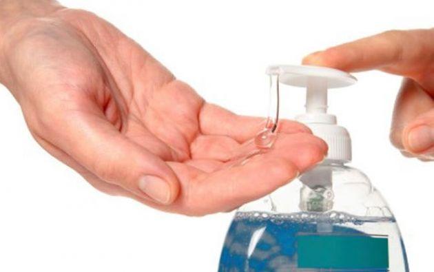 Los geles y jabones antisépticos contienen ingredientes a los cuales no se les ha probado eficacia.