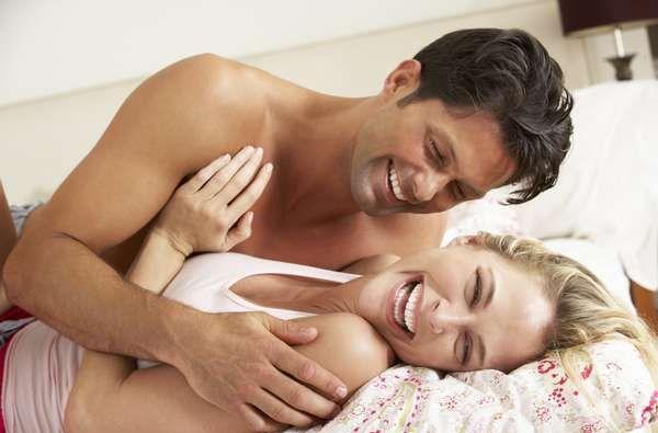 La rutina puede apagar el deseo sexual. Especialistas explicaron a Infobae cuáles son las claves para mantener viva la pasión.