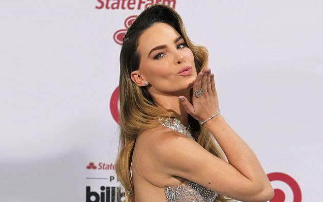 La cantante y acriz vuelve a generar criticas al despedir de su show a una espectadora.
