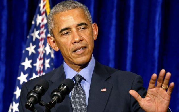 """WASHINGTON, EE.UU.- """"Todavía somos el mismo país donde los héroes se lanzaron al peligro, de la gente común que se rebeló contra sus secuestradores"""". dijo Obama en un porgrama radial."""