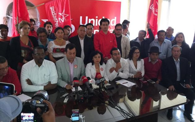 El precandidato Lenin Hurtado declina su candidatura, pero seguirá en la Unidad Popular. Foto: Patricio Díaz / Ecuavisa.