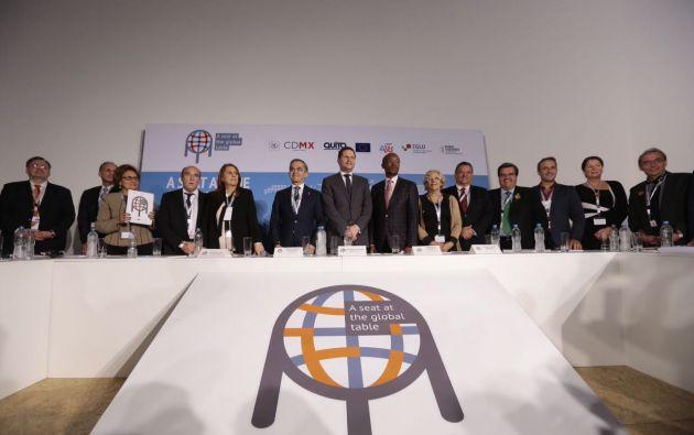 """ECUADOR.- El alcalde de Quito, Mauricio Rodas, llamó a sus colegas a """"unificar"""" las voces para plantear la necesidad de ciudades incluyentes. Foto: API"""