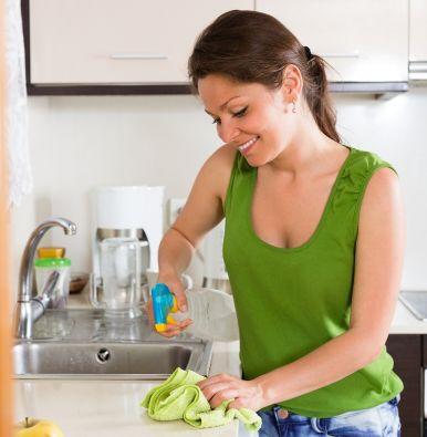 Los productos de aseo y limpieza biodegradables a más de proteger el medio ambiente, también evita irritaciones, alergias y otras afecciones.