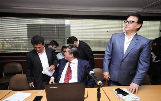 Jiménez y Villavicencio acusados de divulgar presuntamente mensajes enviados al presidente de Ecuador, Rafael Correa. Foto: API.