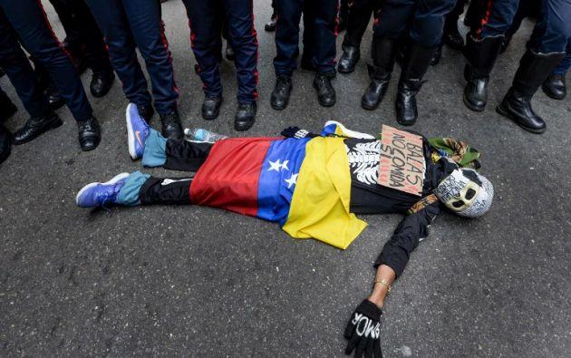 Un estudiante venezolano durante la última manifestación en ese país | Foto: Agencia AFP