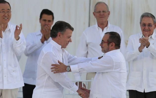COLOMBIA.- Los equipos negociadores del Gobierno de Colombia y las FARC anunciarán en las próximas horas un nuevo acuerdo de paz. Foto: Archivo