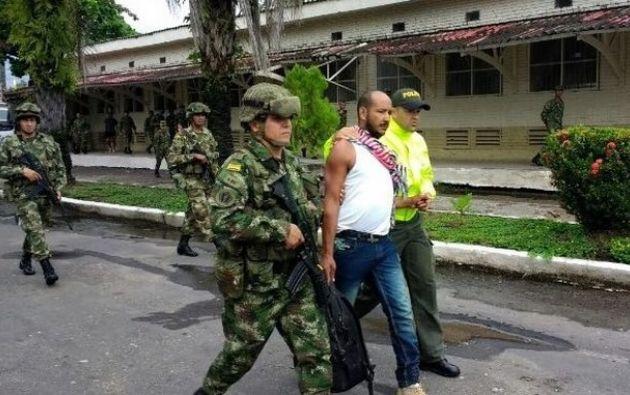 """COLOMBIA.- Según las tropas conjuntas del ejército, """"lograron la captura de alias Sombrerón, cabecilla principal de las Redes de Apoyo al Terrorismo. Foto: Internet"""