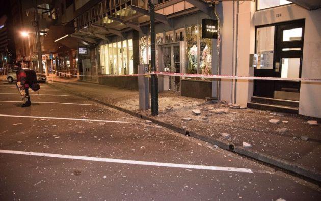 NUEVA ZELANDA.- Horas después del sismo, registrado cerca de la ciudad de Christchurch, el jefe de gobierno neozelandés confirmó dos víctimas fatales. Foto: AFP