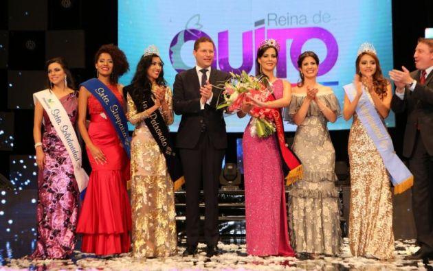 La reina fue elegida la noche de este jueves en el Teatro Nacional Sucre. Foto: Municipio de Quito.
