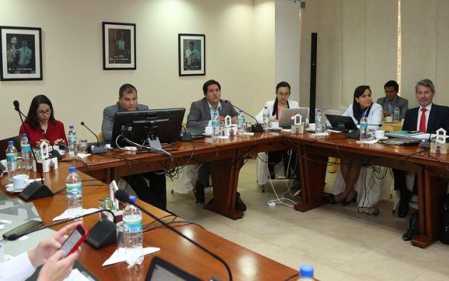 En la reunión presidida por Correa se trataron varios temas de educación. Foto: Presidencia.