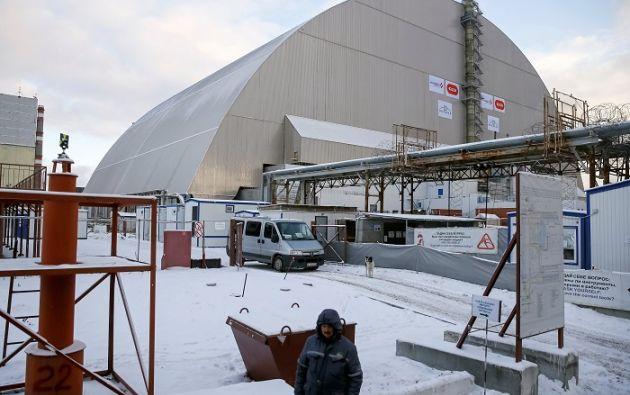 El Nuevo Sarcófago Seguro (NSC, por sus siglas en ingles) fue colocado sobre el cuarto reactor mediante un sistema de raíles único en su género. Foto: REUTERS.