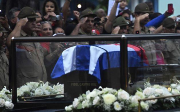 """CUBA.- Tras un período de luto de nueve días, los restos del """"Comandante"""" serán enterrados en una ceremonia privada en el Cementerio de Santa Ifigenia de Santiago. Foto: AFP"""