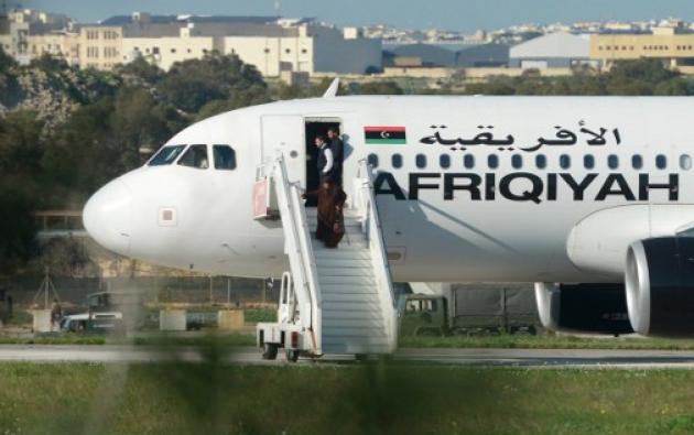 El avión libio secuestrado se desvió hasta el aeropuerto de Malta. Foto: AFP